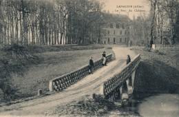 G143 - 03 - LAPALISSE - Allier - Le Parc Du Château - Lapalisse