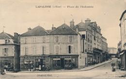 G143 - 03 - LAPALISSE - Allier - Place De L'Industrie - Lapalisse