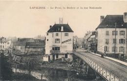 G143 - 03 - LAPALISSE - Allier - Le Pont, La Besbre Et La Rue Nationale - Lapalisse
