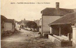 CPA - VAIVRE (70) - Aspect De La Rue Du Château Et De La Fontaine Lavoir Dans Les Années 20 - Autres Communes