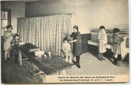 DEP 78 LA QUEUE LEZ YVELINES COLONIE DE VACANCES DES SOEURS DE SAINT VINCENT DE PAUL LES LAVABOS LESGRANDES S'OCCUPENT I - Francia