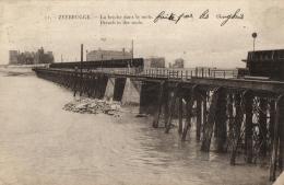 BELGIQUE - FLANDRE OCCIDENTALE - ZEEBRUGGE - La Brèche Dans Le Môle. (n°12). - Zeebrugge