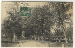 HENRICHEMONT  - Le Champ De Foire - Ed. EM, N° 33 - Henrichemont