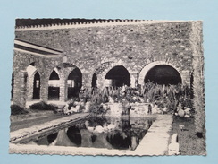 LUISHIA KATANGA Institut Sainte-Marguerite ( Ursulines Wavre N.D.) Le Patio / Anno 19?? ( Zie/voir Foto Voor Details ) ! - Congo Belge - Autres