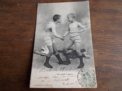 1905 Lutte Les Petits Lutteurs  Se Serrant La Main - Lutte