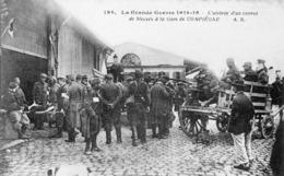 Arrivée D'un Convoi De Blessés A La Gare - Compiegne