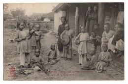 VIET NAM - HUE Les Petites Musiciennes De La Reine Mère - Viêt-Nam