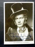 Foto Cartolina Con Autografo Attore Roberto Villa - 1941 - Autographs