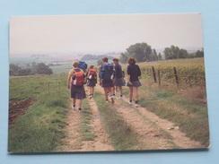 """Ergens Ligt Een Land Op Jou Te ..... ( Dia Chiromeisjes """" Akkefietje """" AARTSELAAR ) Anno 1986 ( Details Zie Foto's ) ! - Scoutisme"""