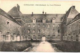 CPA N°15085 - GUERANDE - PETIT SEMINAIRE - COUR D' HONNEUR - Guérande
