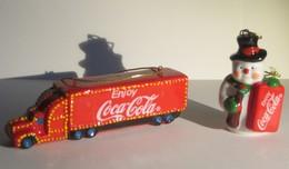 Coca-Cola Kerstboomversiering - Truck + Sneeuwman - In Porcelein - Coca-Cola