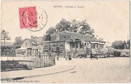 10. TROYES. L'Entrée Du Vouldy - Troyes