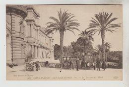 CPA  HYERES (Var) - SAINT SALVADOUR : La Terrasse De L'Hôtel - Hyeres