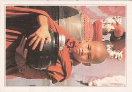 BIRMANIA - GIOVANE MONACO BUDDISTA   AUTENTICA 100% - Myanmar (Burma)