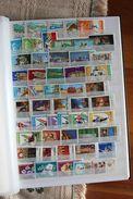 Roumanie Collection  + 800 Timbres Dans Classeur Neuf - Sammlungen (im Alben)