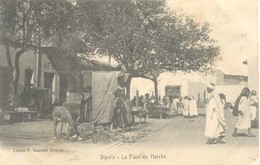 Bizerte, La Place Du Marché  ( 2 X Scan) - Tunesië