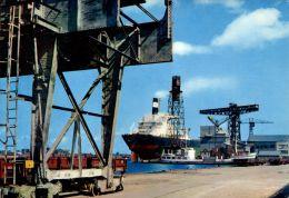 N°60013 -cpsm Saint Nazaire -chantiers De L'atlantique- - Commerce
