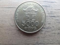 Viet-nam  5000 Dong  2003  Km 73 - Viêt-Nam
