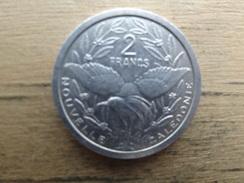 New-caledonie  2  Francs  2004  Km 14 - New Caledonia