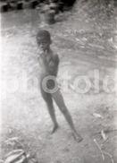 50s BOY NUDE NUE NAKED NACKT GUINE BISSAU AFRICA AFRIQUE ORIGINAL AMATEUR 35mm NEGATIVE  NOT PHOTO NEGATIVO NO FOTO - Photographica