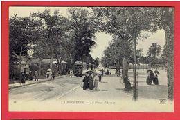 LA ROCHELLE LA PLACES D ARMES LE TRAMWAY CARTE EN TRES BON ETAT - La Rochelle