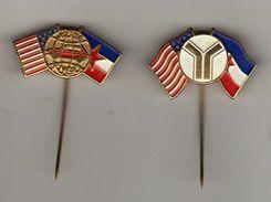 Yugo - Car Auto Automotive.2 Pins.U.S. & Yugoslavia Flags - Badges