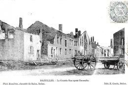 Bazeille. La Grande Rue. - France