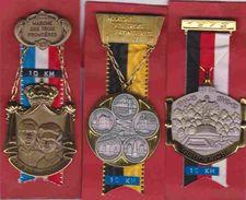 Trois Frontières  Moresnet Gemmenich Montzen Hombourg  ... 3 Médailles De Marche - Autres Collections