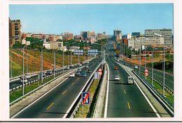 Barcelona : Entrada Por La Autopista De Tarragona -- Carte Neuve - - Barcelona