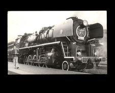 TRAINS - Locomotive - - Trains