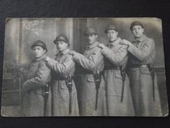 25e REGIMENT D'INFANTERIE - Vers 1930 - Baïonnette - Carte-photo - Non Voyagée - A Voir ! - Uniformes