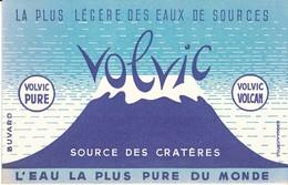 BUVARD -  Eaux De Source VOLVIC - Buvards, Protège-cahiers Illustrés