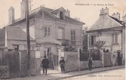 Moisselles Le Bureau De Poste - Moisselles