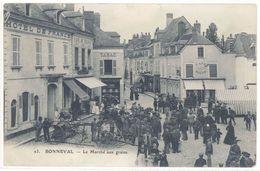 Cpa Bonneval - Le Marché Aux Grains  ( état ) - Bonneval