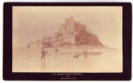 50 Le Mont Saint Michel - Côté Du Nord-Est Vers 1896 - Pêcheurs Crevettes - Photo Albuminée Sur Carton Fort - Plaatsen