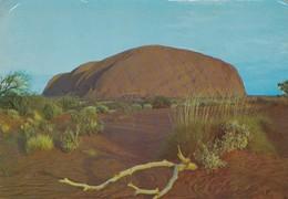 Postcard Eastern Face Of Ayres Rock Central Australia [ Uluru ] My Ref B22097 - Uluru & The Olgas