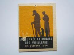 Insigne épinglette Carton 24 OCTOBRE 1954 JOURNEE NATIONALE DES VIEILLARDS - Militari