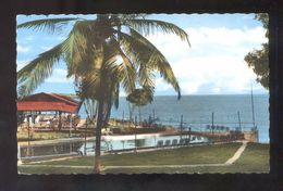 Gosier. *Piscine Et Restaurant De L'Ajoupa...* Escrita. - Guadeloupe