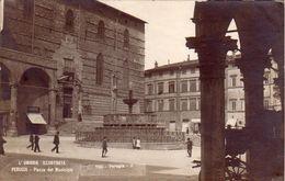PERUGIA-UMBRIA ILLUSTRATA- EDIZIONI TILLI-PIAZZA DEL MUNICIPIO-CARTOLINA VERA FOTOGRAFIA -VIAGGIATA IL 3-11-1922 - Perugia