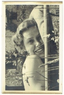 Foto/Photo. Jolie Femme Sur Transat/Pin Up.  150 X 100 Mm. - Pin-Ups