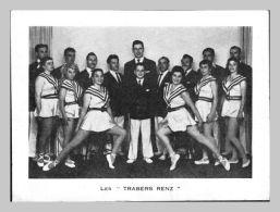"""Carte Photo 12x16 Cm - 1958 - Acrobates Et Danseuses """"""""LES TRABERS RENZ - Artisti"""