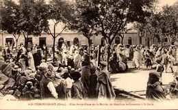 Algérie - AÏN-TEMOUCHENT (Oran)  - Fête Arabe Place De La Mairie - On Distribue Le Couscous à La Foule - Algerien