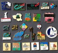 Lot 2 Pin's _Au Choix_ Crédit Agricole_Globe Challenge_Centre France_Ile De France_Savoie_Drome_Isère - Banks