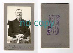 Photo Cdv D'un Militaire, 32 Sur Col, Photographe Armel Bonnet, Tours - Guerre, Militaire