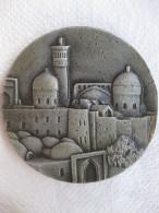 Uzbekistan. Ouzbékistan Médaille En Aluminium Boukhara / Bukhara - Tokens & Medals