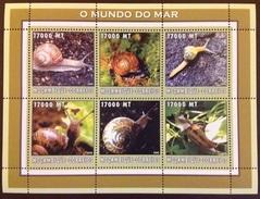 Mozambique 2001 Snails Minisheet MNH - Crustáceos