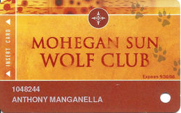 Mohegan Sun Casino - Uncasville, CT USA - High Roller Wolf Club Slot Card From 2008 - Casino Cards