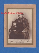 Photo Ancienne - Portrait De L' Abbé THENON Et Un Enfant - Fondateur  Premier Directeur De L' Ecole Bossuet - 1831 1881 - Anciennes (Av. 1900)
