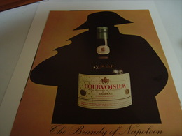 ANCIENNE AFFICHE PUBLICITE COGNAC COURVOISIER THE BRANDY OF NAPOLEON 1960 - Alcools