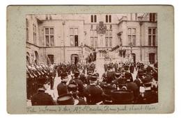 Photo Prise à L'Hôtel Groslot Pendant Le Mandat Du Maire Léonce Courtin-Rossignol (1905-1910), Les Pompiers - Photos